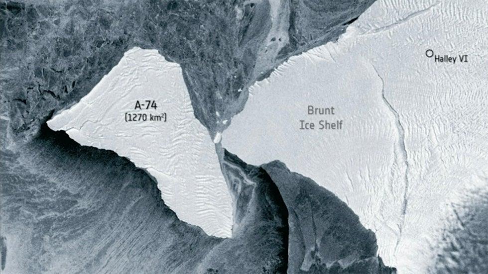 Satellite Captures Iceberg's Near-Miss