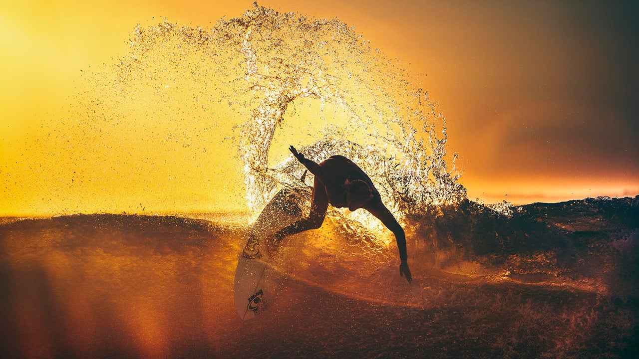 500px Photographer Jeff Dotson Documents Humans' Relationship to the Sea