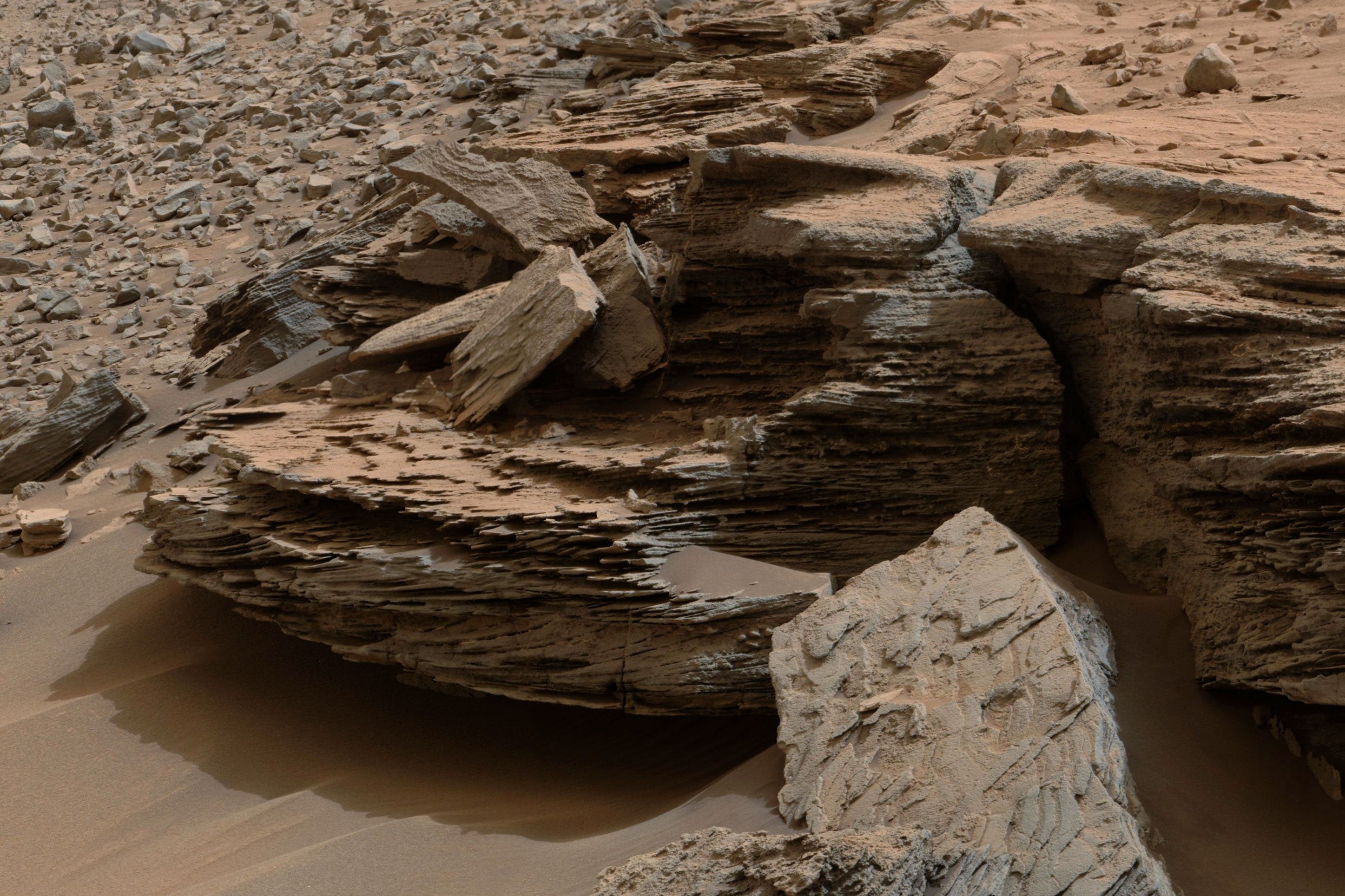 The Mud on Mars Behaves Like 'Boiling Toothpaste'
