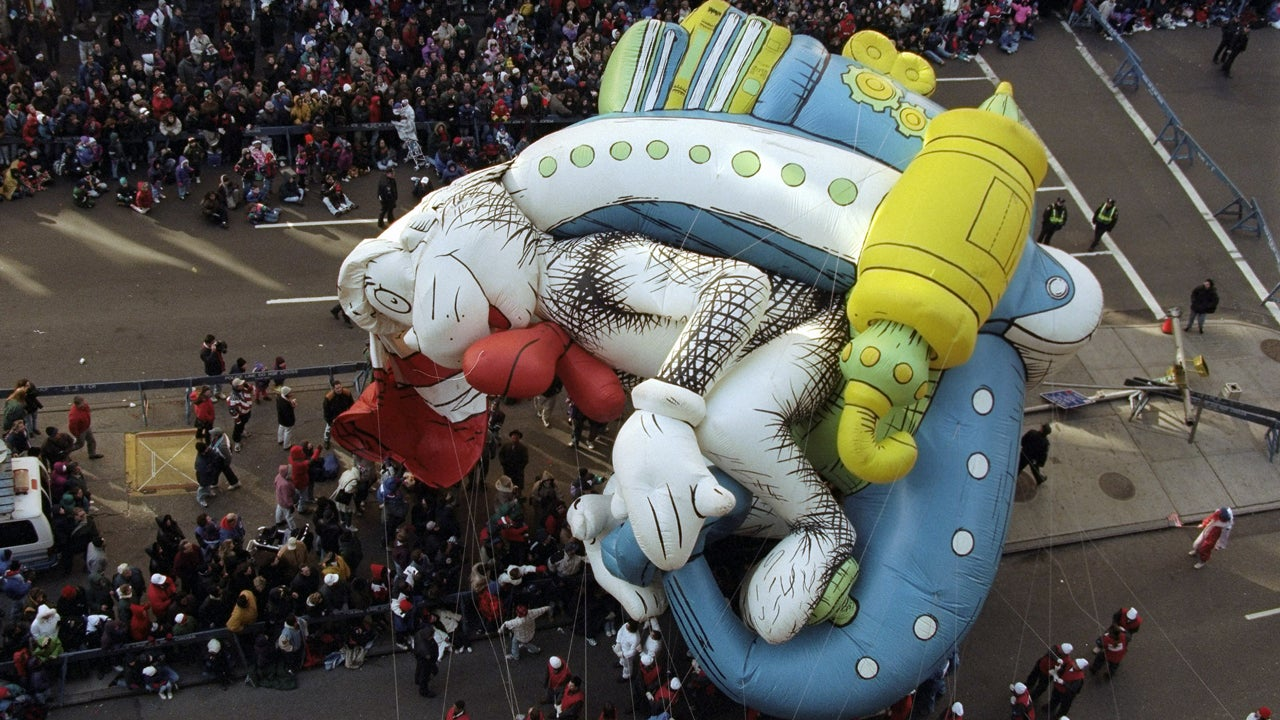 Famous Macys Thanksgiving Day Parade Balloon Blunders The Weather Channel
