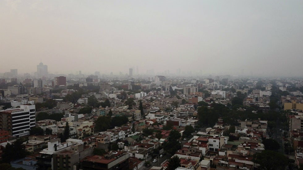 mexico city residents warned to stay inside from wildfire