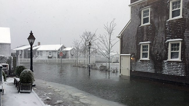 Winter Storm Juno Live Updates as it Hammered the Northeast