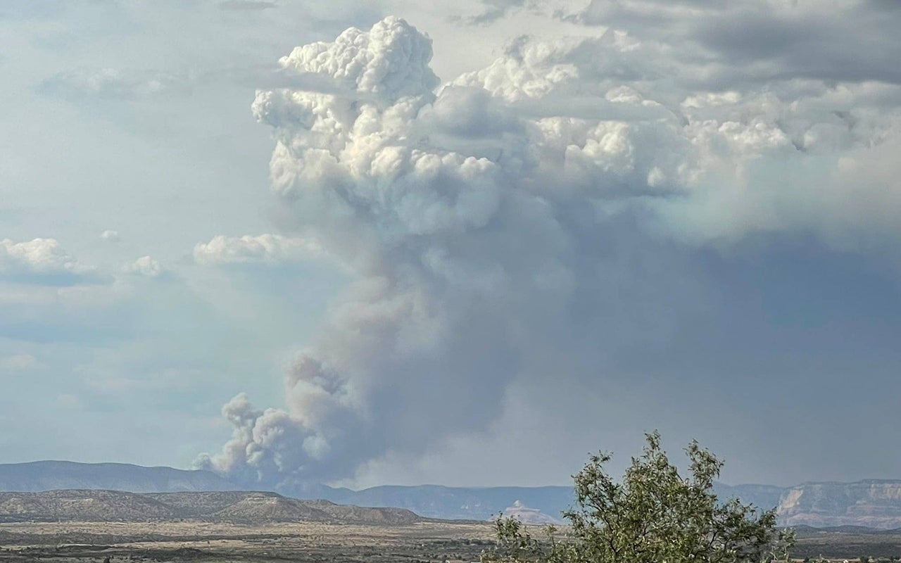 New Wildfires Pop Up in Western States After Weather Brings Brief Respite