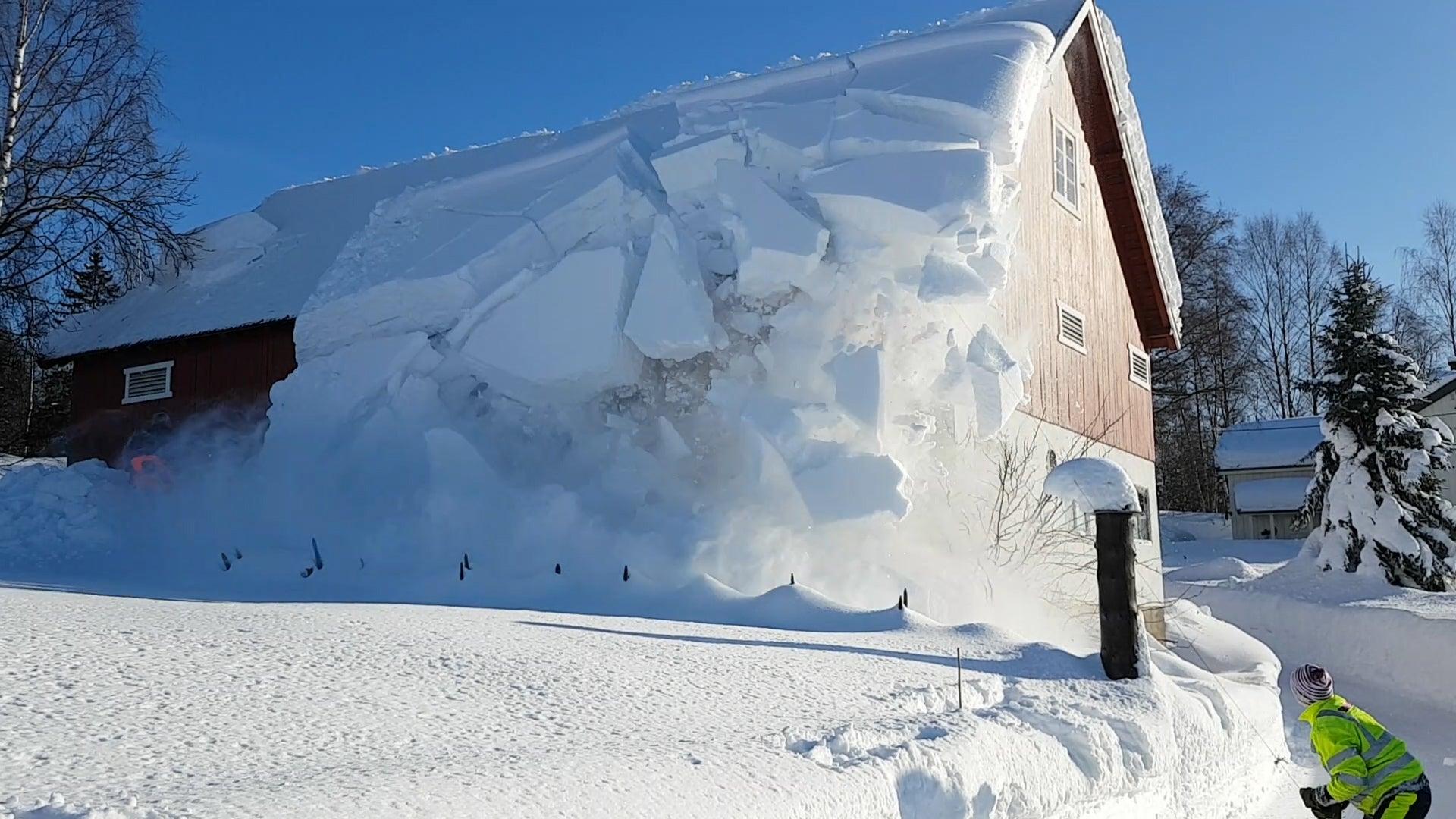 Norwegian Family S Snow Removal Method Is So Satisfying