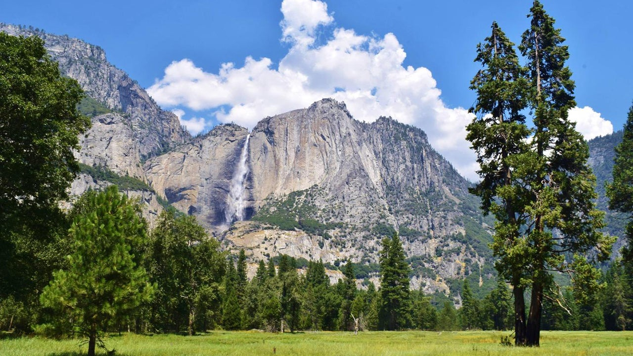 YosemiteFalls_0.jpg