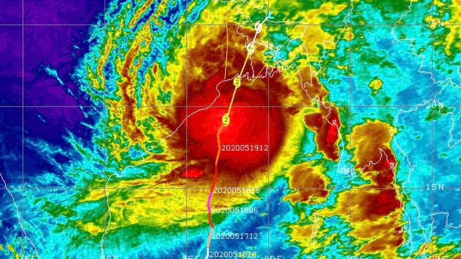 Bangladesch bringt Millionen Menschen vor herannahendem Zyklon in Sicherheit