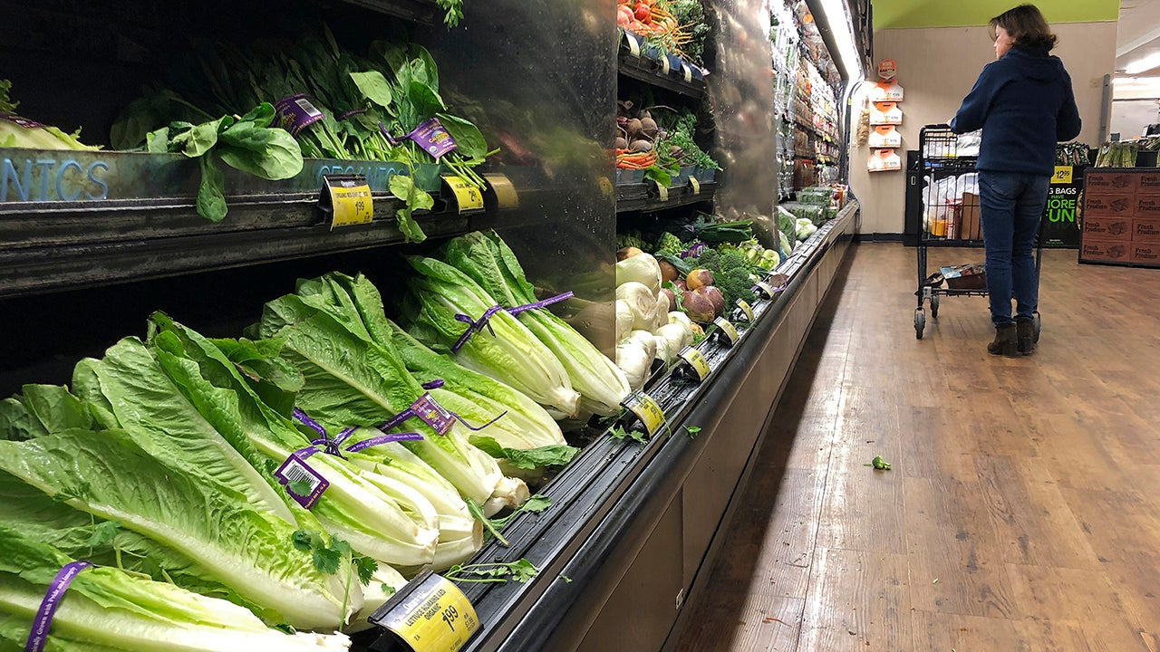 It's Safe to Eat Romaine Lettuce Again Unless It's From Certain Parts of California