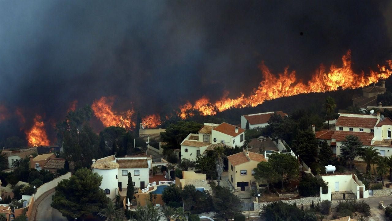 Fires In Spain Near Popular Resort Area, Burn Homes, Prompt Evacuations