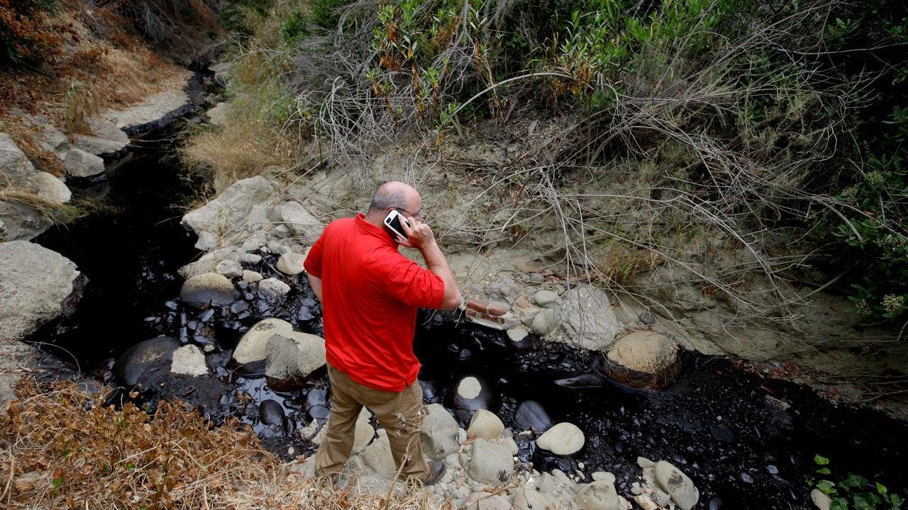 Thumbnail for California Crimson Pipeline Oil Spill Stopped Before Reaching ...