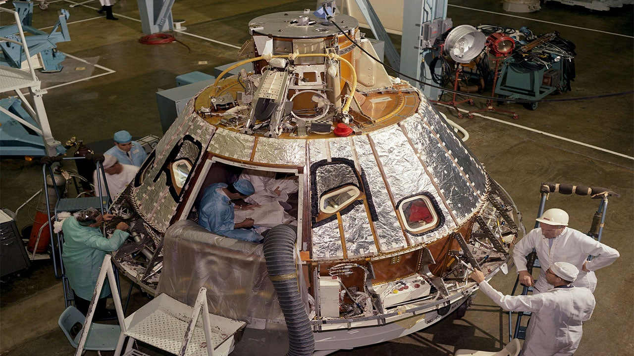NASA Displays Apollo 1 Capsule Hatch 50 Years After ...
