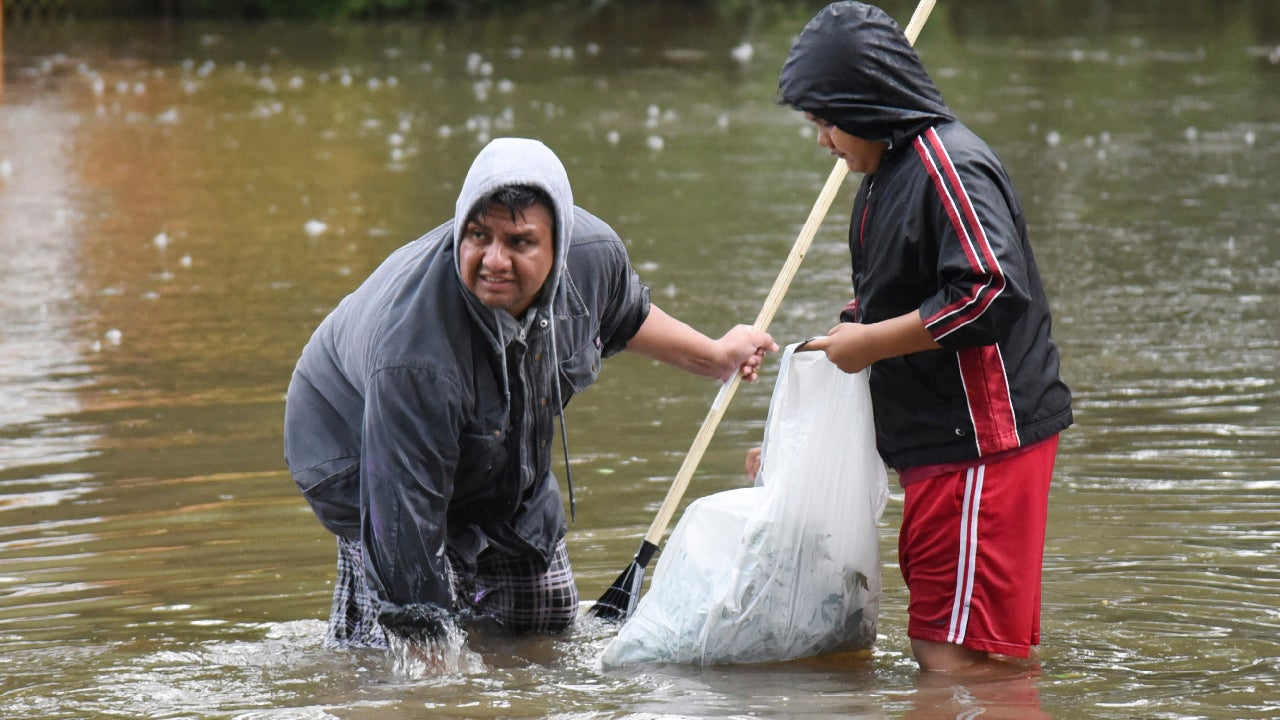 suburban chicago hospital reopens as illinois floods begin