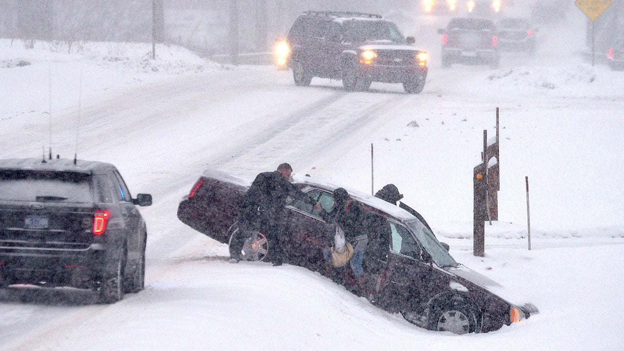 Photos: Winter Storm Liam Pummels US with Snow and Ice