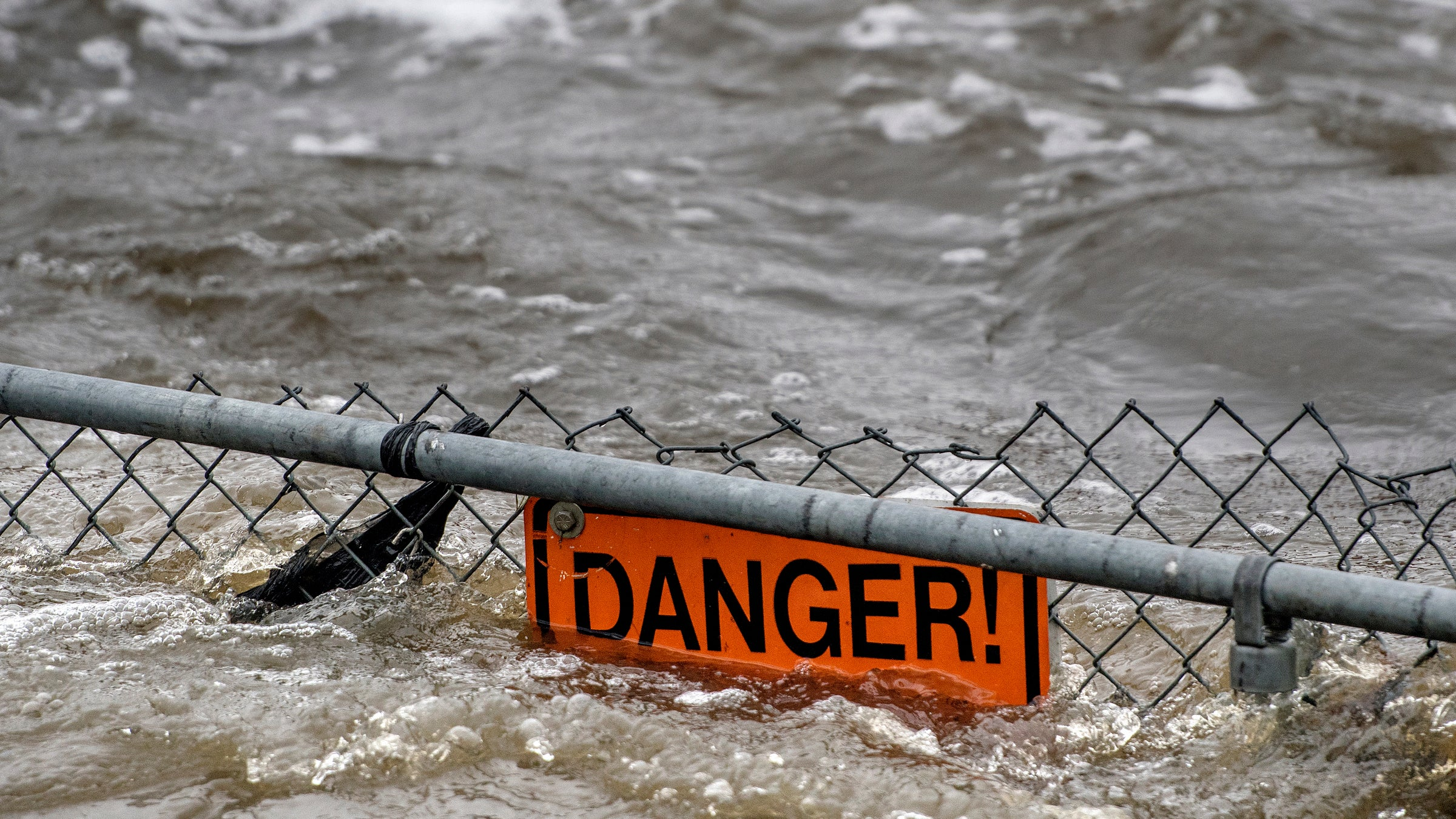 the dangers of flooding in the united states Do you live in one of the most dangerous states in america we all watch the news with horror when we hear about a crime that happens not that far away from us.