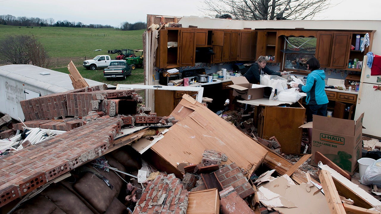 Deadly Severe Storms, Tornadoes Strike Mid-South (PHOTOS)