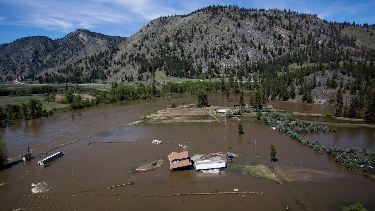 Flooding Sparks Evacuations in British Columbia and the U.S. Northwest (PHOTOS)