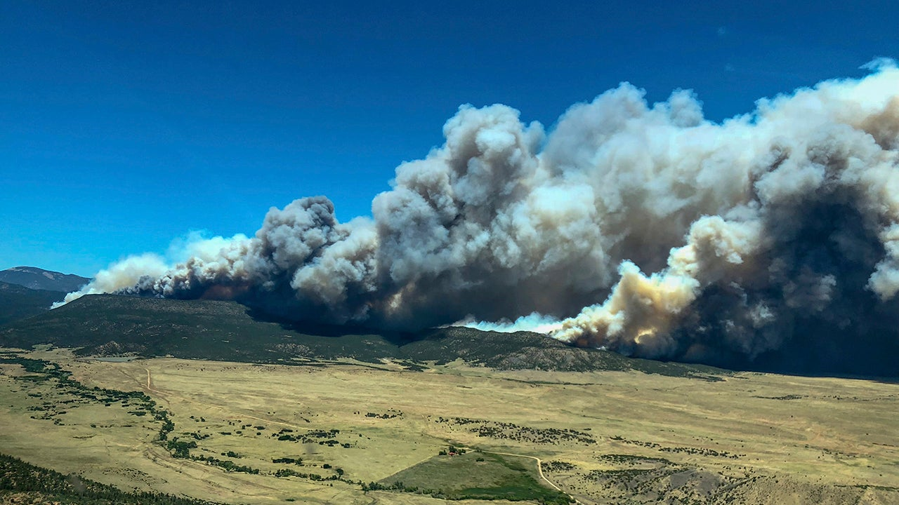 Wildfires Rage On in Colorado, Wyoming, New Mexico and California (PHOTOS)