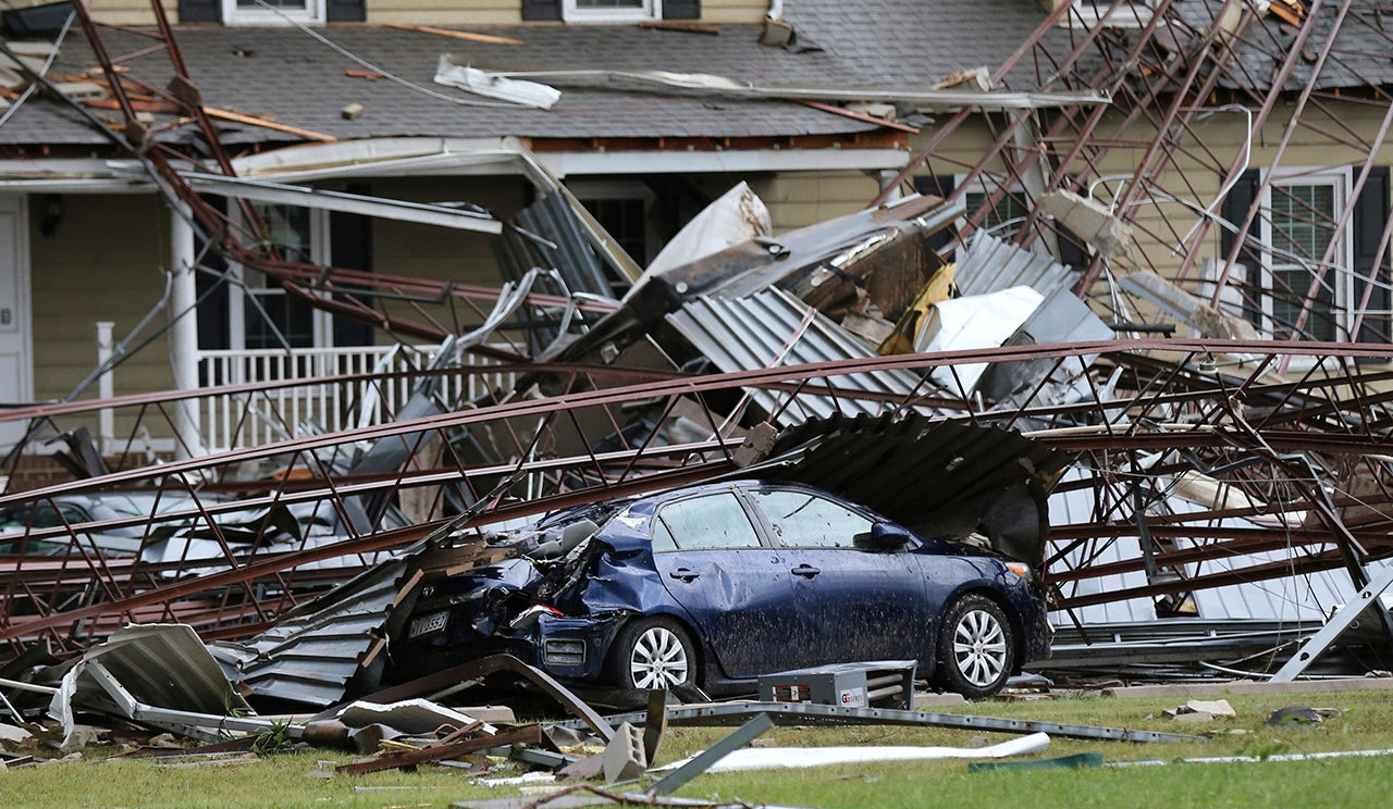 Virginia Tornadoes S Ed By Florences Remnants Kill 1