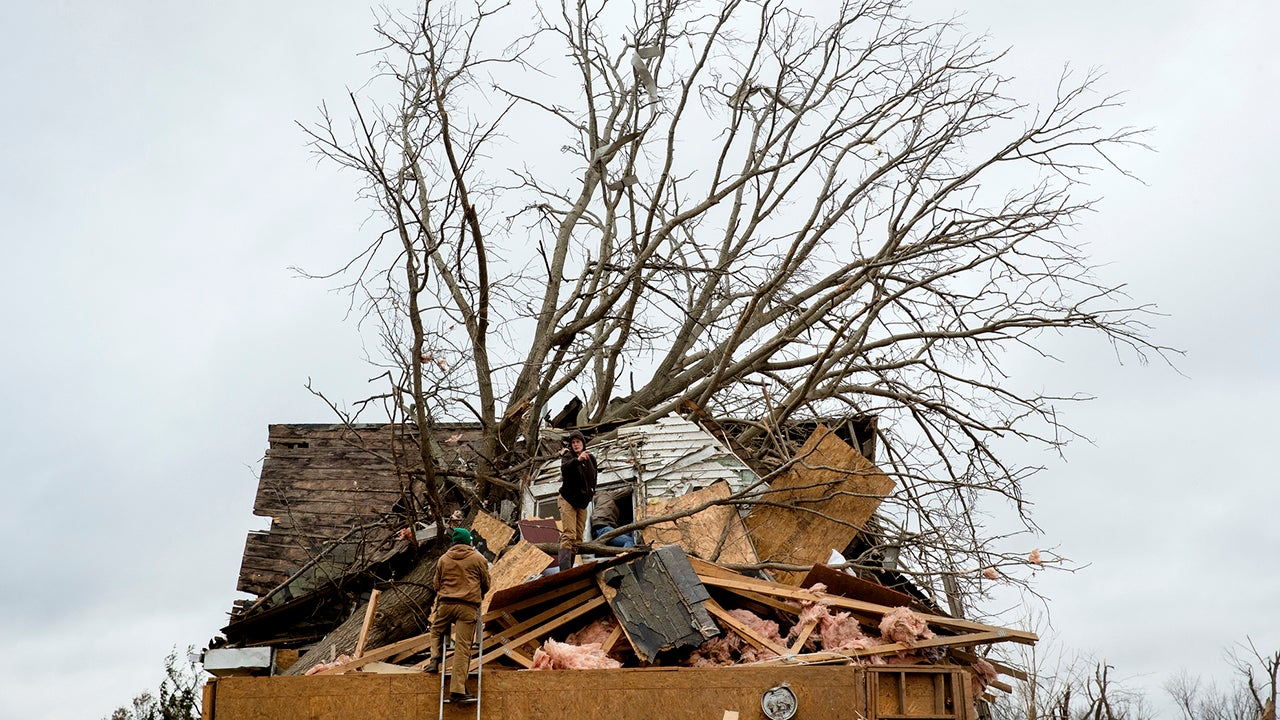 Tornadoes Rip Roofs from Homes, Injure 30 from Plains to Southeast (PHOTOS)