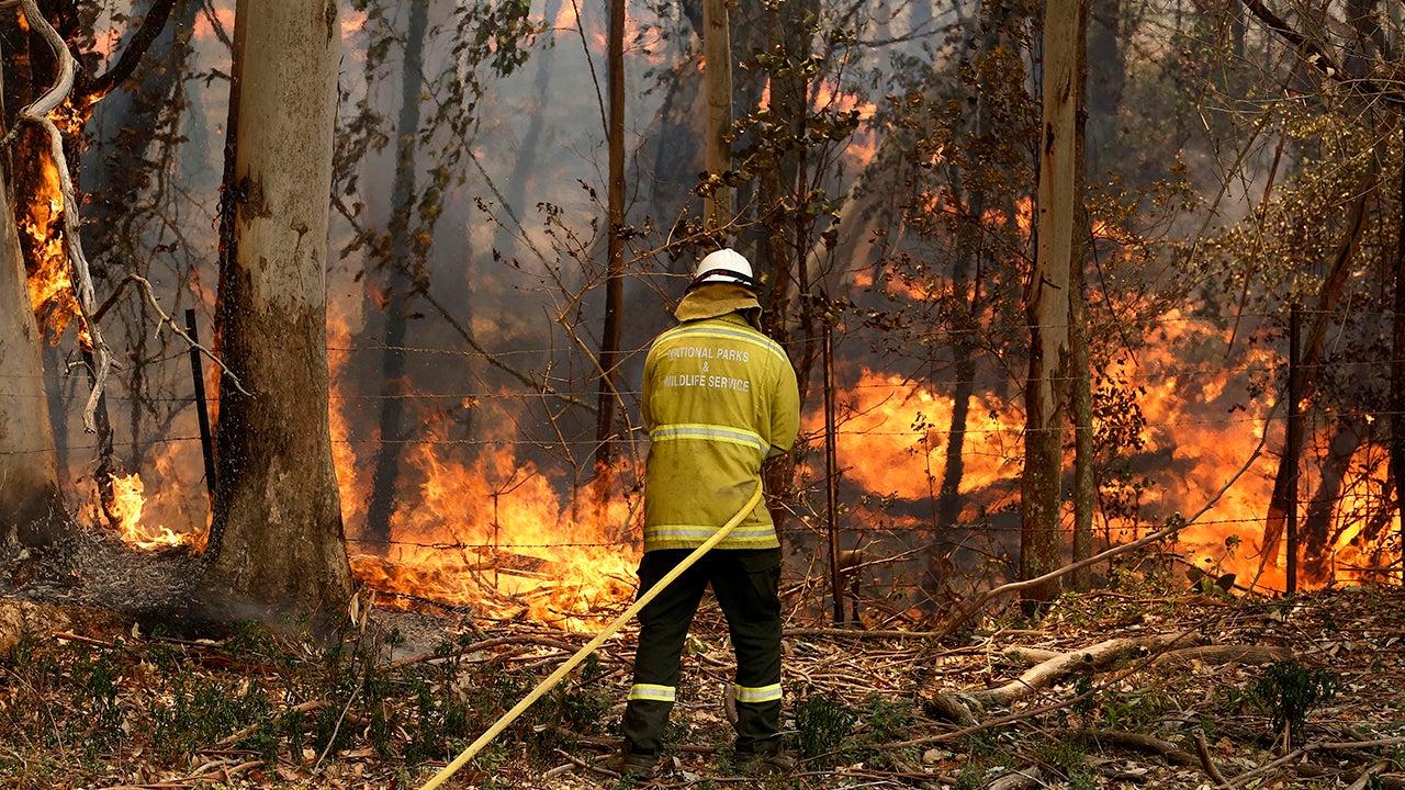 200 Homes Damaged or Destroyed in Australia's Brush Fires