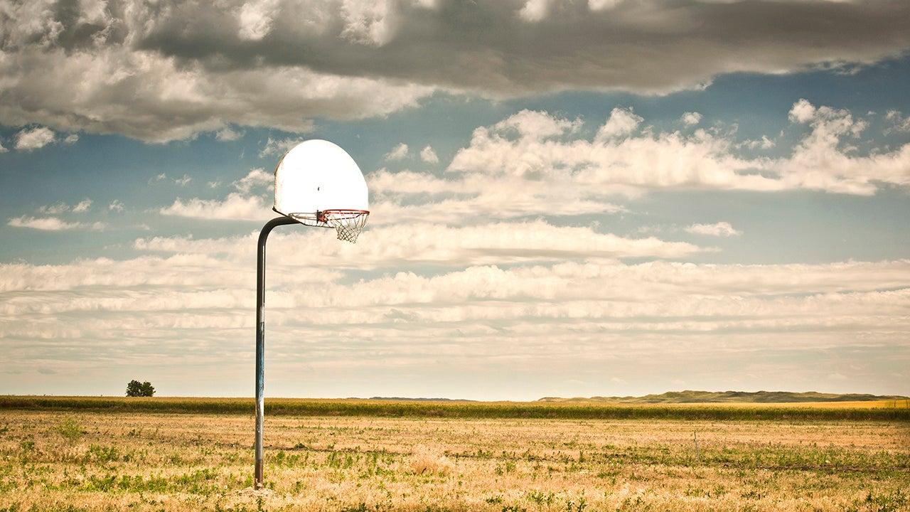 Aros de baloncesto abandonados por los Estados Unidos (FOTOGRAFÍAS)