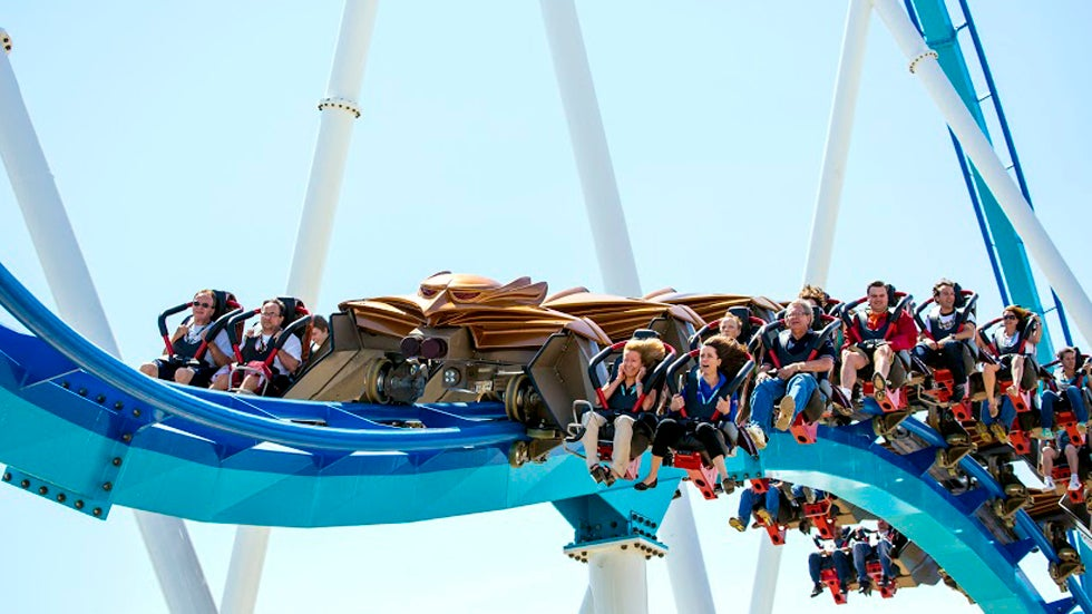 World's Scariest Roller Coaster Breaks Records (PHOTOS)