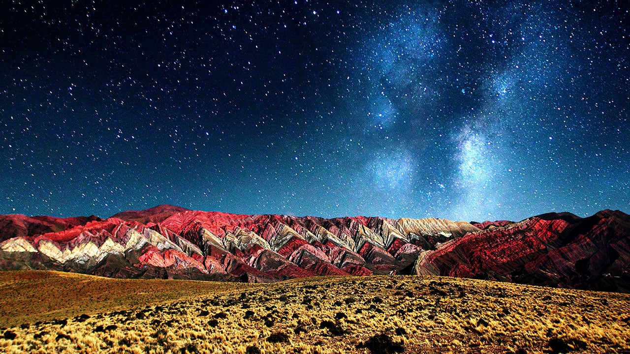 Surreal Images Of The Hornocal Mountains In Argentina