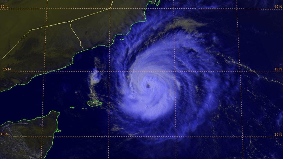 Cyclone Chapala a Rare, Destructive Landfall in Yemen | The