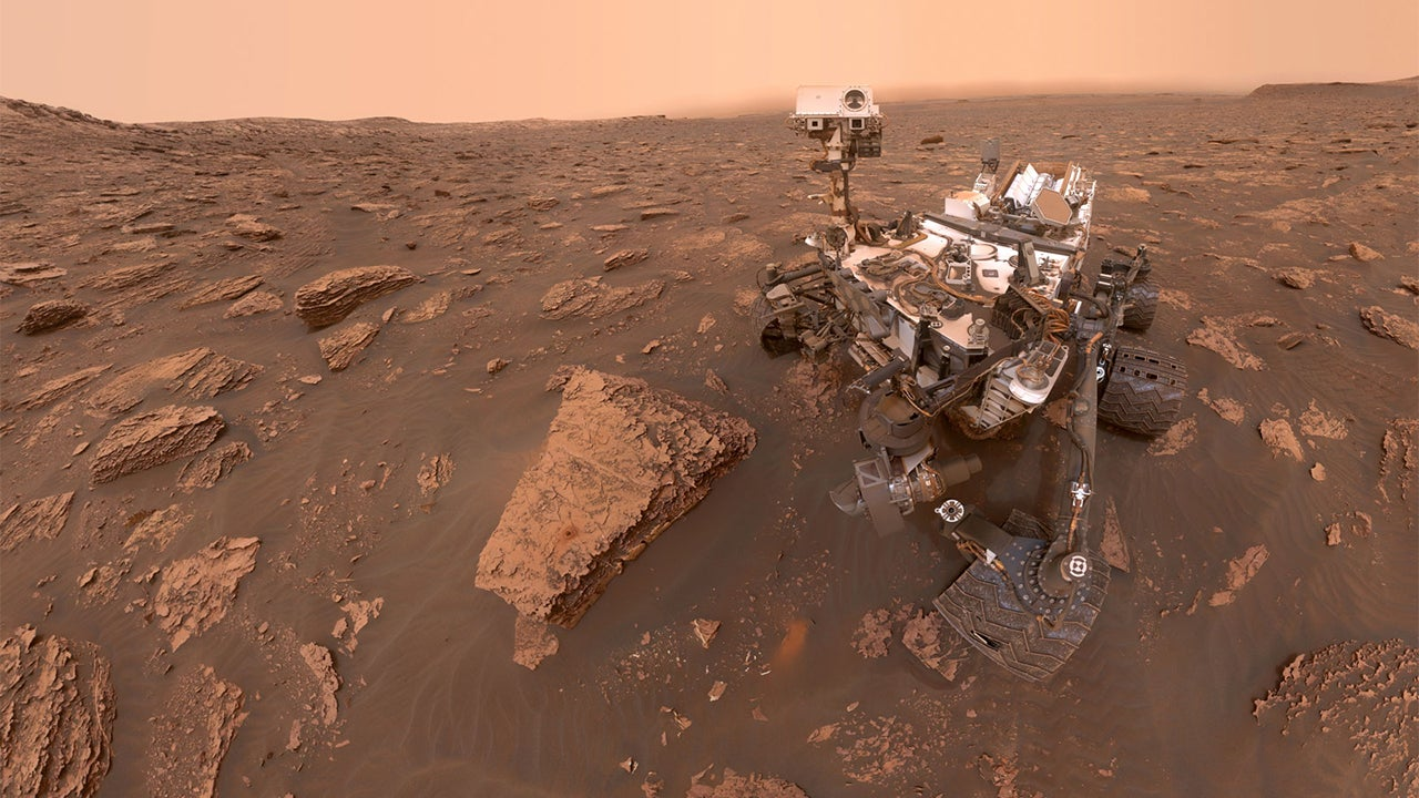 NASA Finds Possible Proof of Life On Mars That Previous Rovers May Have Accident...