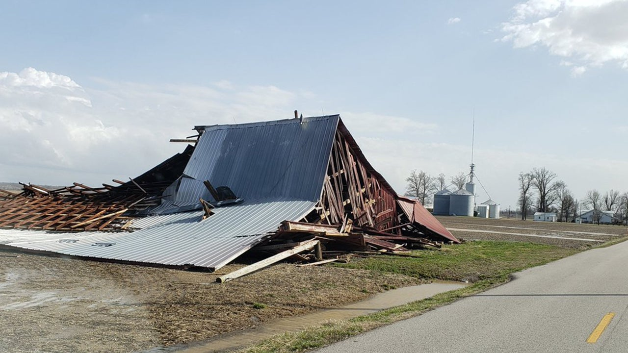 Tornadoes Flatten Buildings in Midwest, South (PHOTOS)