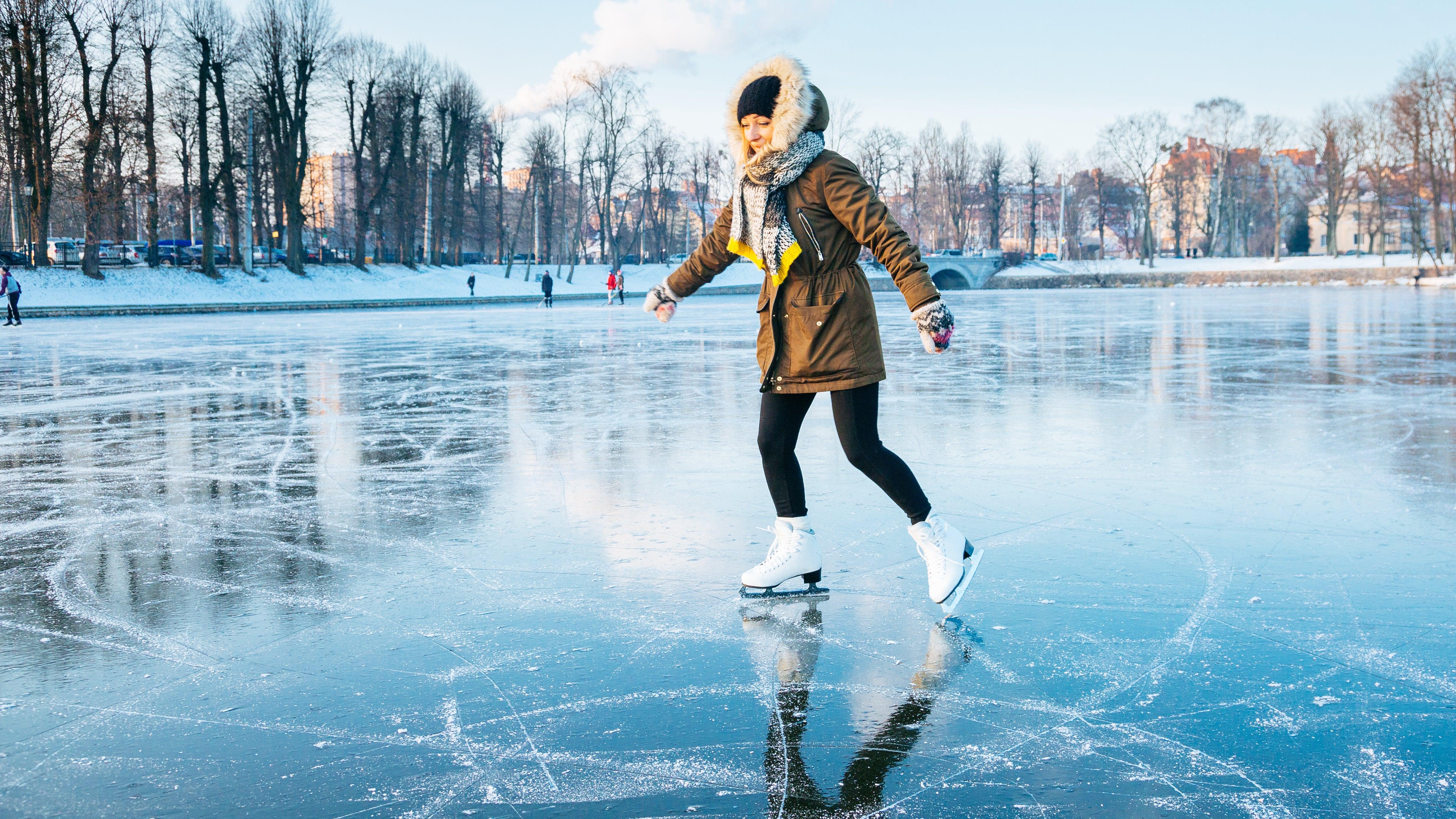 Je kälter, desto rutschiger - Forscher nehmen Eis unter die Lupe