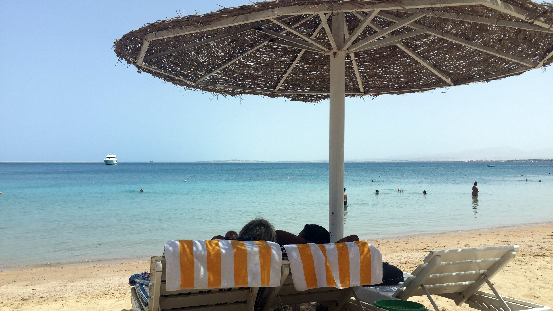 Mysteriöse Todesfälle in Hotel in Hurghada: Reiseveranstalter quartiert alle Gäste aus