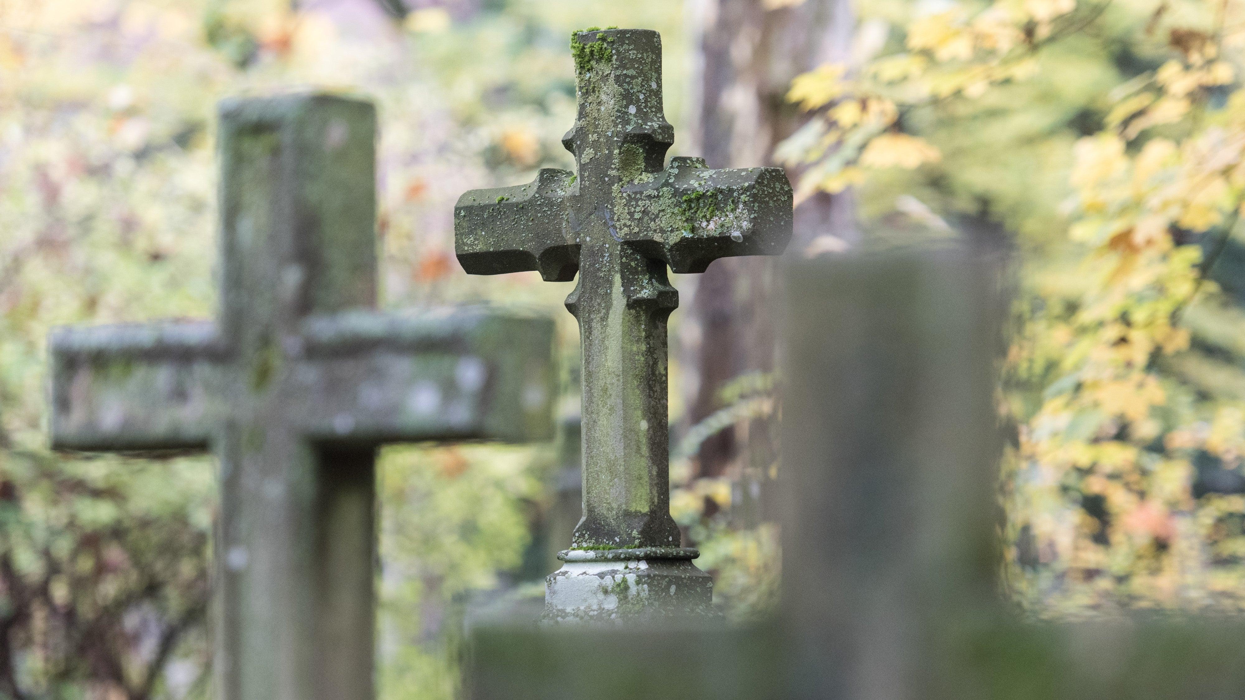 Leichen Verwesen Nicht Mehr Vollständig In Den Gräbern Das Wird