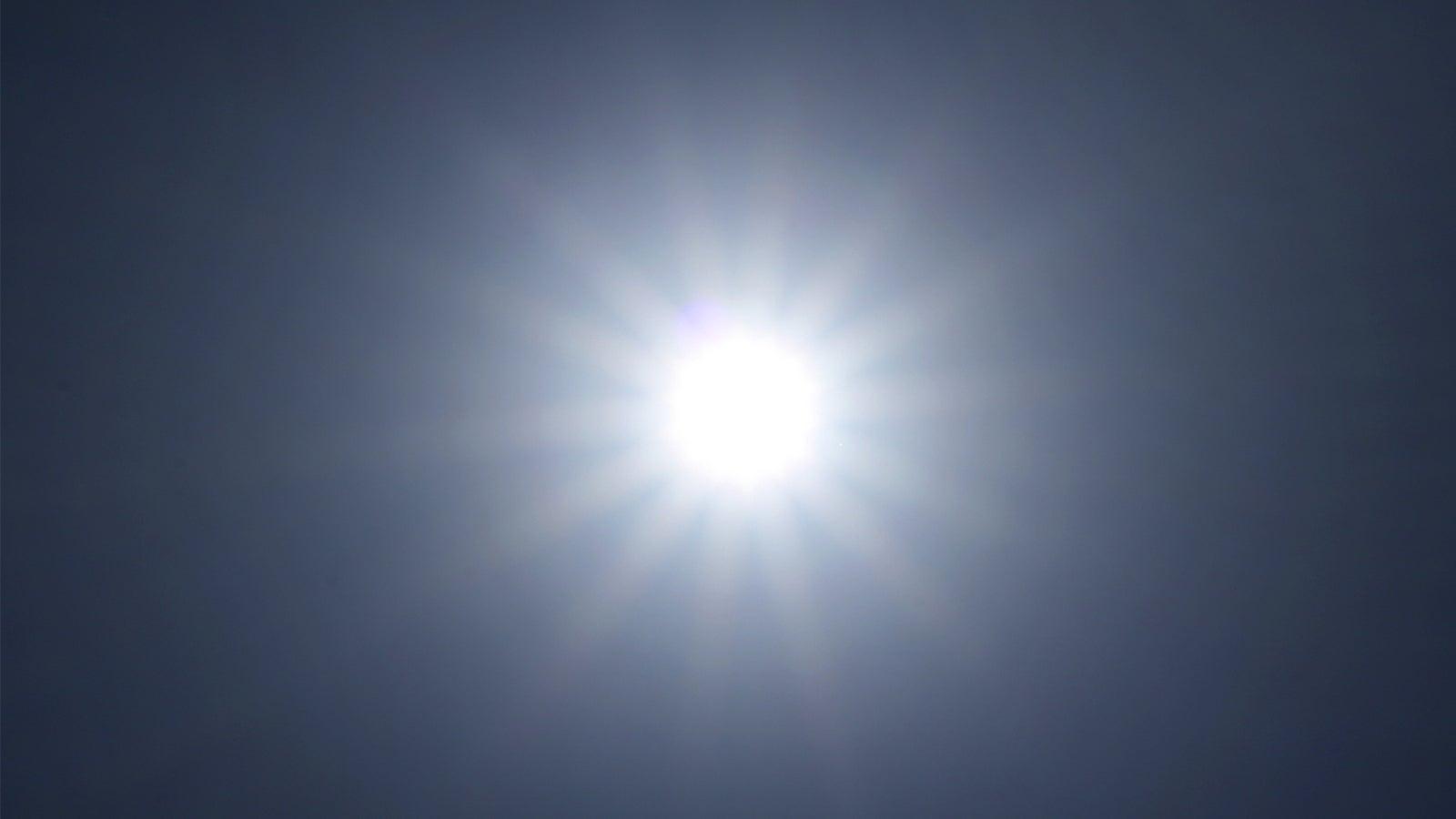 Bitte ernst nehmen: Amtliche Warnungen vor starker UV-Strahlung