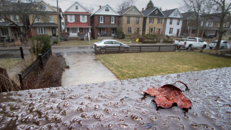 Freezing Rain Hits Toronto | The Weather Channel  Freezing Rain H...