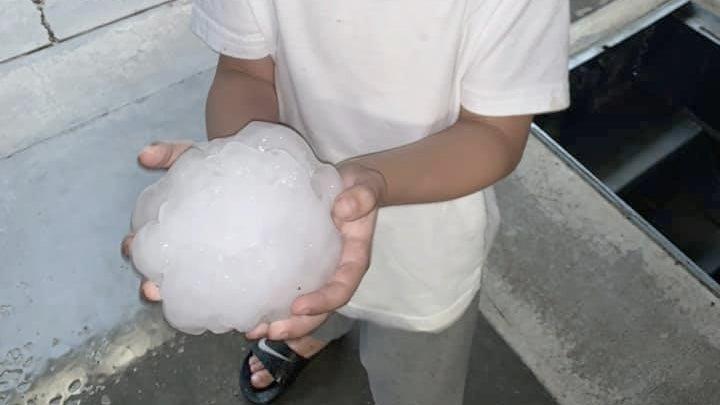 Grapefruit-Size Hail Slams North Texas in 'Loaded Gun' Atmosphere