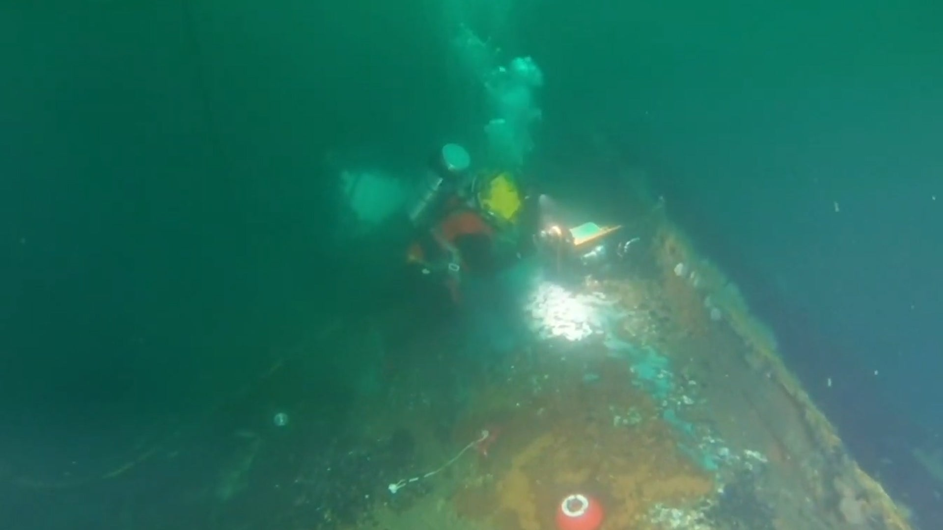 Divers Extract Oil Recovered from WWII Shipwreck Off NY Coast