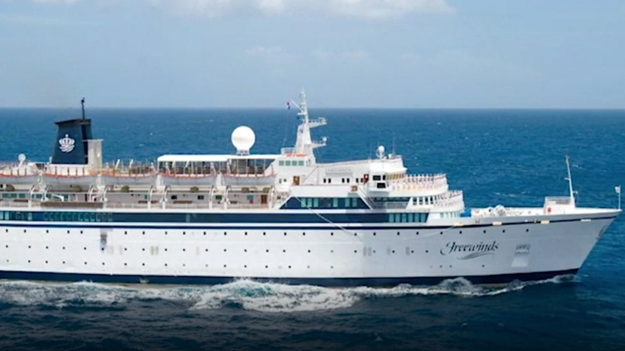 Cruise Ship Quarantined Off St. Lucia After Staff Member Contracts Measles