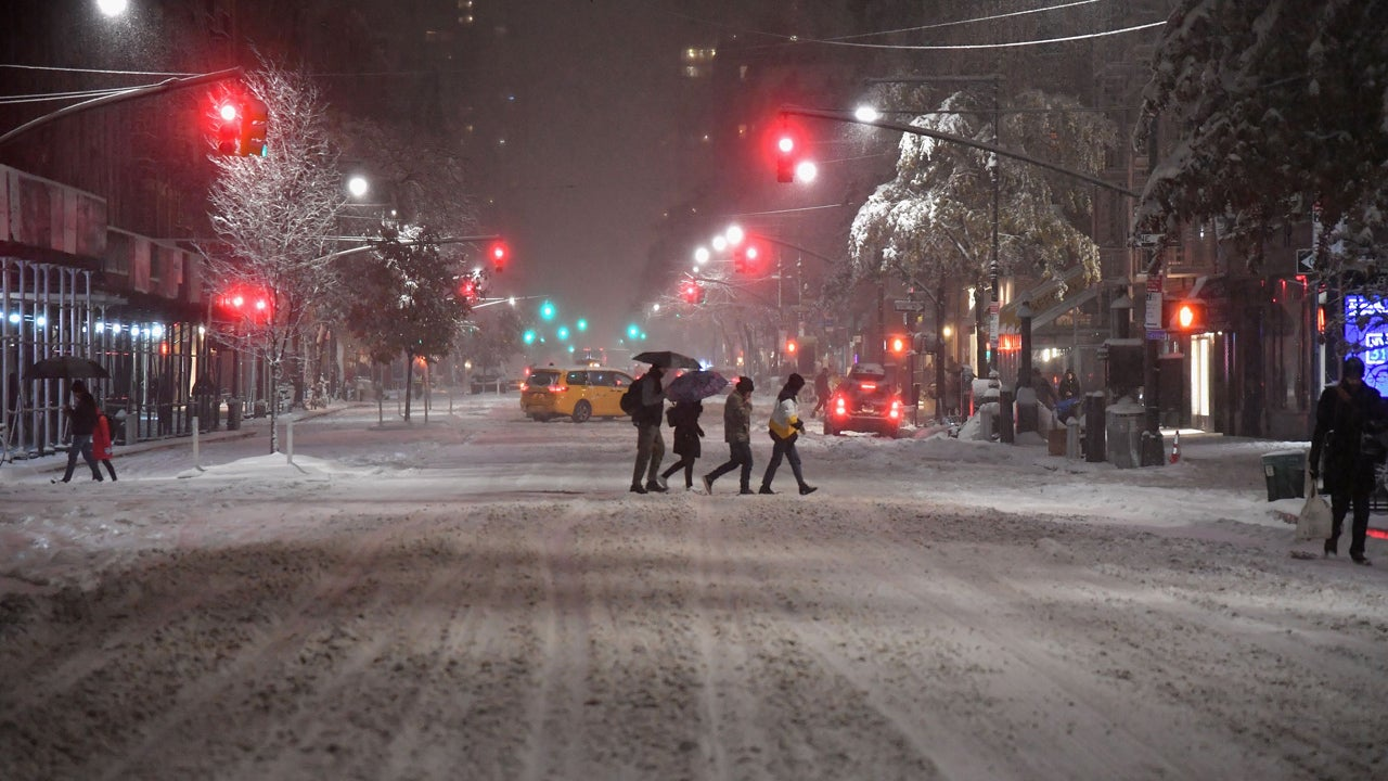 Winter Storm Avery Causes Chaotic Commutes, Strands Students at