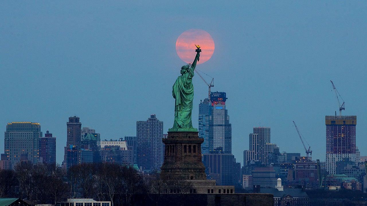 Wednesday Night's Super Worm Equinox Moon was the Last Supermoon of 2019 (PHOTOS)