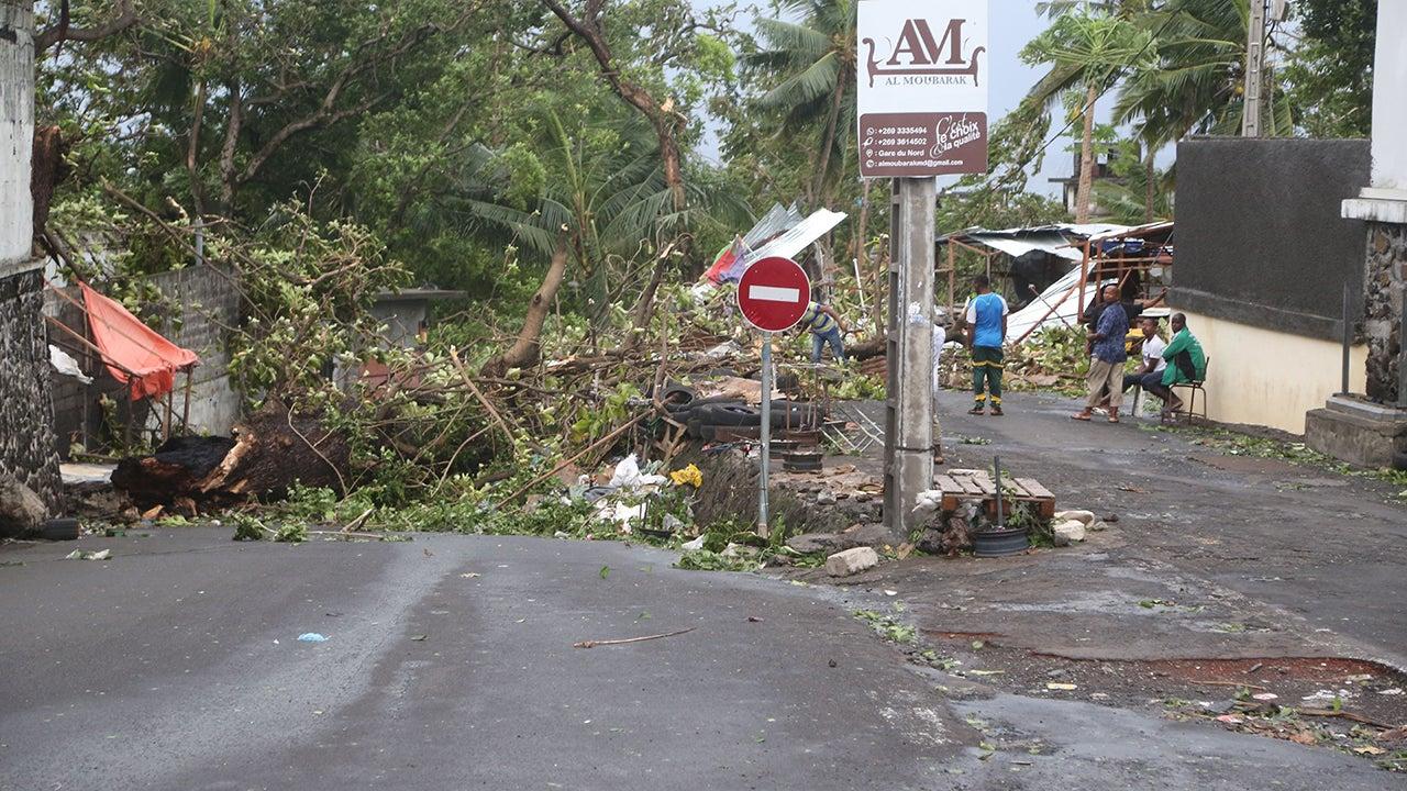 Tropical Cyclone Kenneth Makes Landfall (PHOTOS)