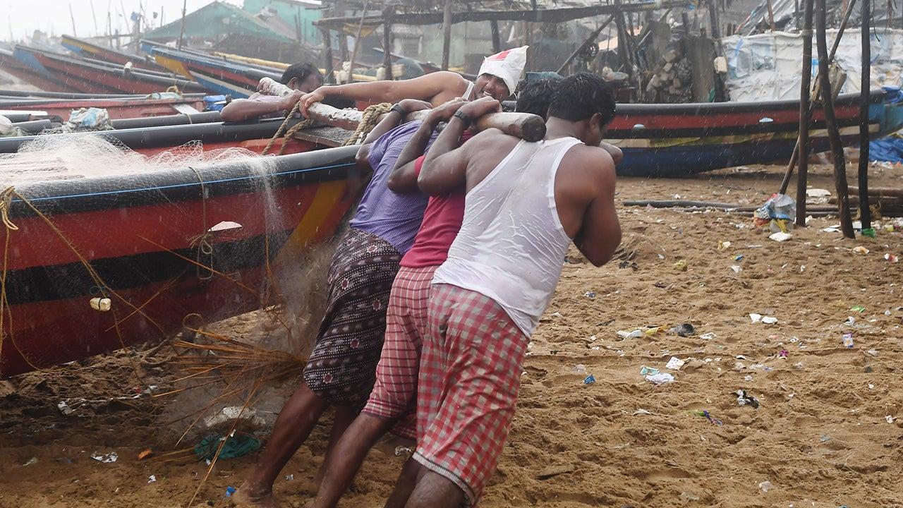 Tropical Cyclone Fani Leaves Trail of Destruction, Kills More Than a Dozen (PHOTOS)