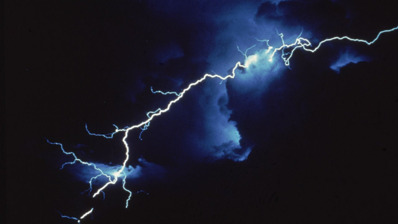 texas couple recovering after freak lightning encounter