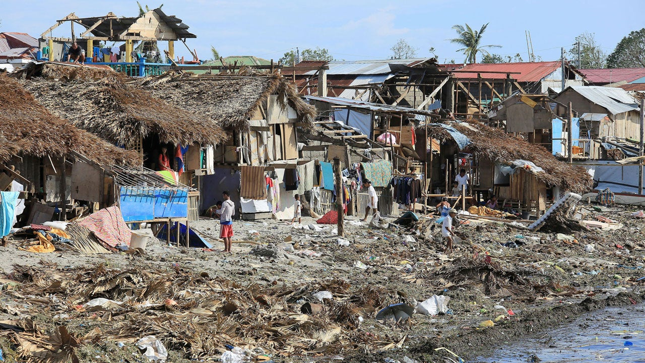 Typhoon Melor Nona Kills 42 Destroys More Than 98 000