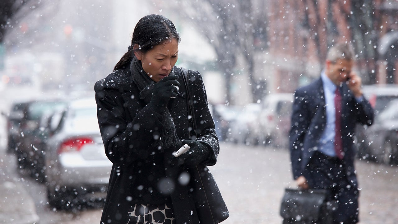 3 Reasons Why We Catch Colds More Often In The Winter