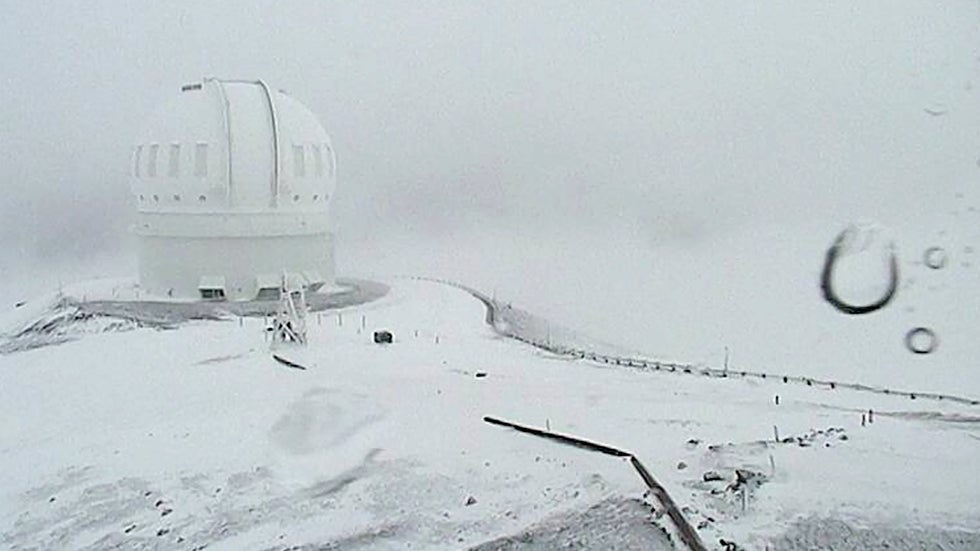 30 Inches of Snow Possible in Hawaii