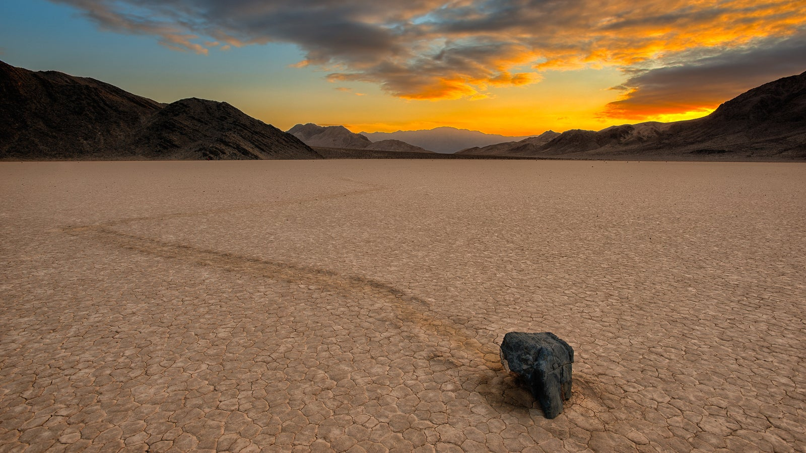 Sailing Stones of Death Valley, Explained