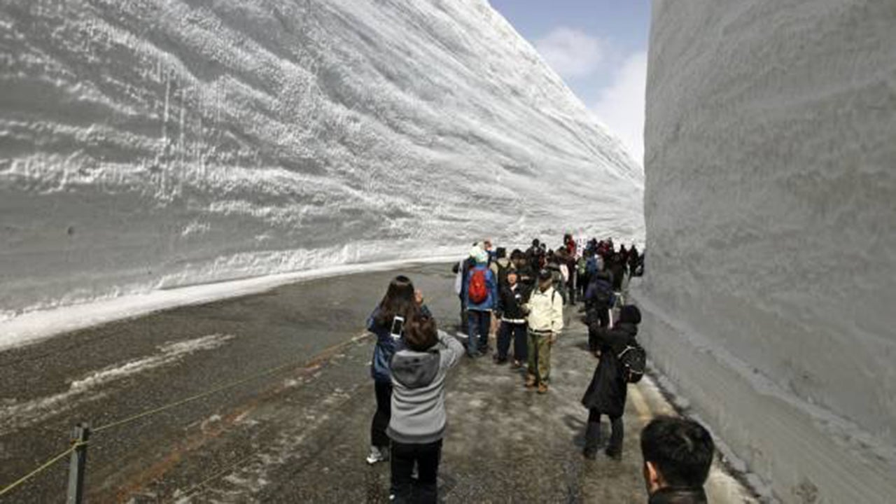 Want to Know What Five Stories of Snow Looks Like? (PHOTOS)