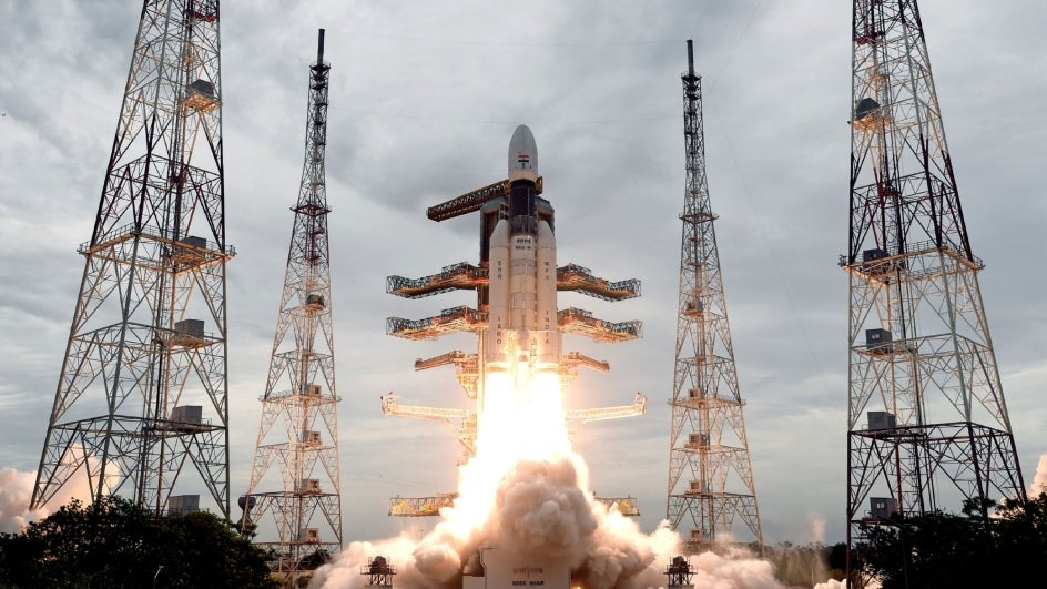 ISRO Set to Launch Chandrayaan-3 Early Next Year; Spacecraft to Carry Lander and Rover - The Weather Channel