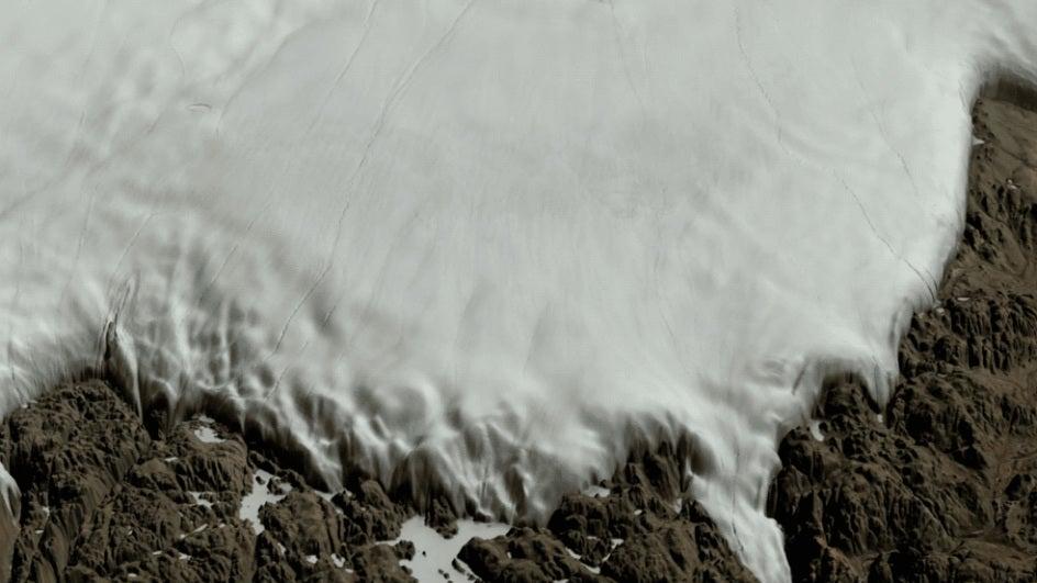 Large Meteorite Crater Found Under Greenland Ice