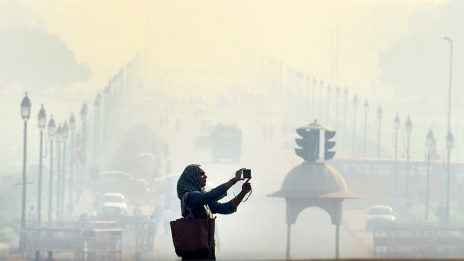Air Improves in Delhi, but Still in Poor Zone